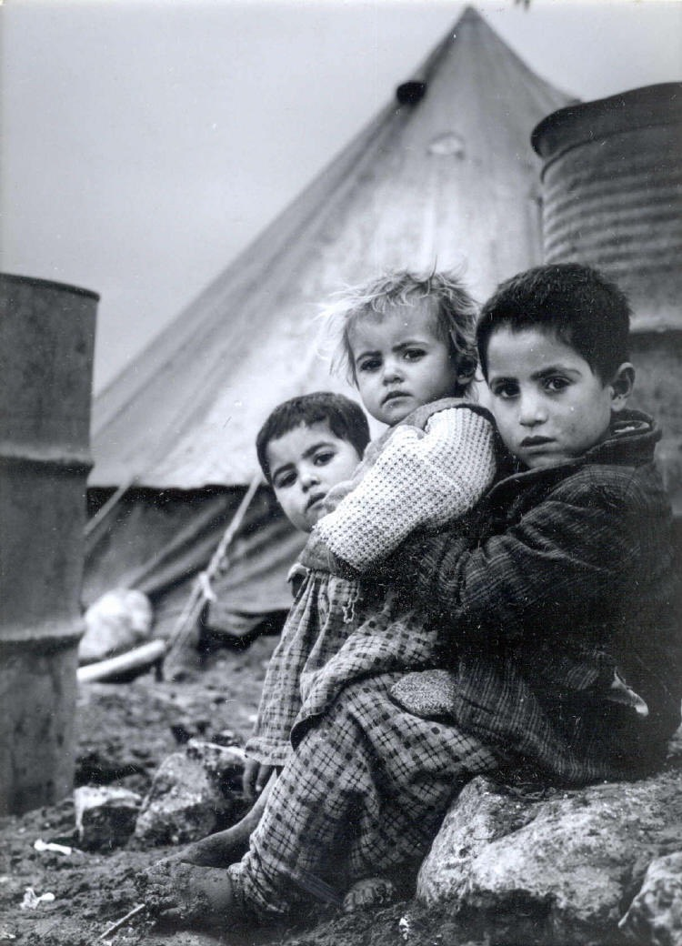 Palestinian children: Nakba refugees